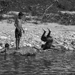 Somersault champion  by Pritam Saha - Black & White Street & Candid ( black and white, children, people )
