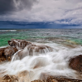 Olenёvka. The tract Atlesh by Александр Науменко - Landscapes Waterscapes ( clouds, water, waves, atlesh, sea, tarhankut, prairie, crimea, olenevka, sky, nature, ukraine, blue, tract, day, light, rocks )
