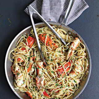 Linguine with Crab in Spicy White Wine Sauce.