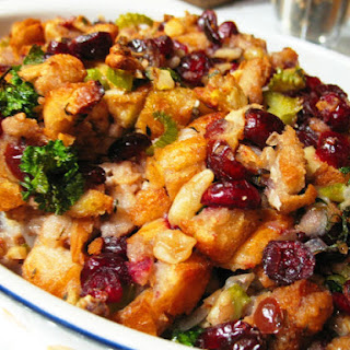 Old Fashioned Bread Stuffing.