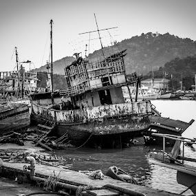 Old Boat by Eddy Tan - Black & White Landscapes ( white, phuket, landscape, boat, black,  )