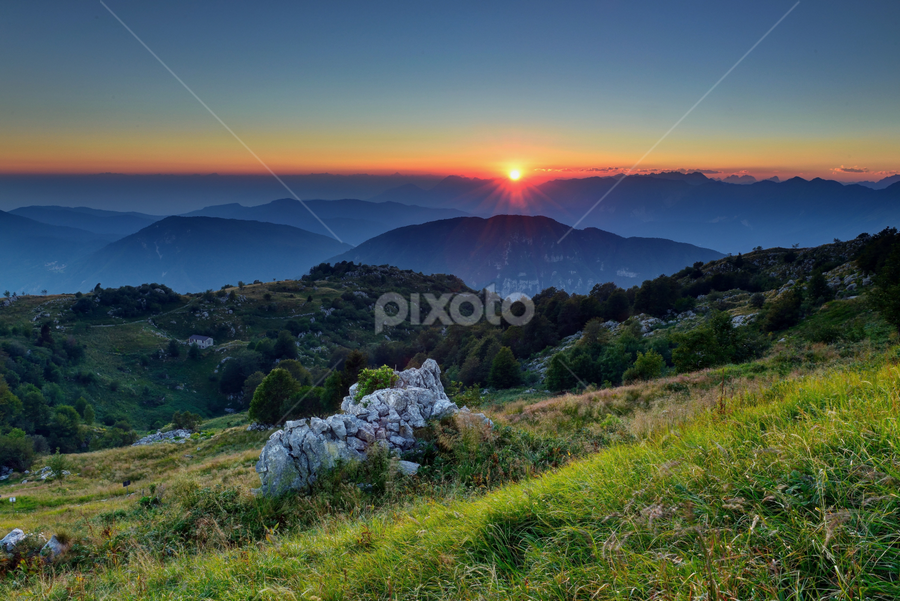Matajour  Italy by Gianfranco Pucher - Landscapes Mountains & Hills ( mountains, sky, red, green, italy, sun )