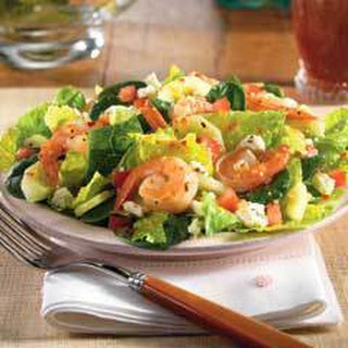 Tossed Greek Salad With Grilled Shrimp .