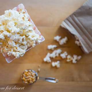 Oil-Free Microwave Popcorn