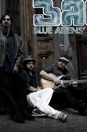 Blue Aliens' Club
