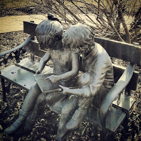Reading is fundamental by Dianne Collins - Buildings & Architecture Statues & Monuments