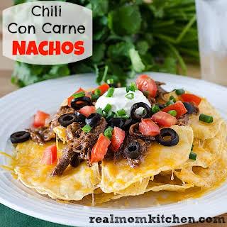 Chili Con Carne Nachos {Slow Cooker}.