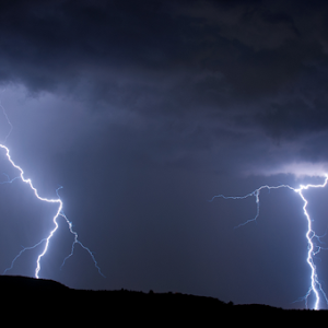 Lightning-133170092-95-ME-Full.jpg