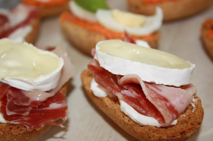 Pinchos with Goat Cheese Recipe