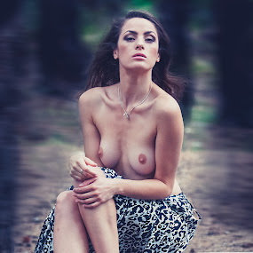 Viktorya by Danny M - Nudes & Boudoir Artistic Nude