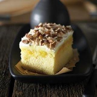 Luscious Tropical Dream Cake.