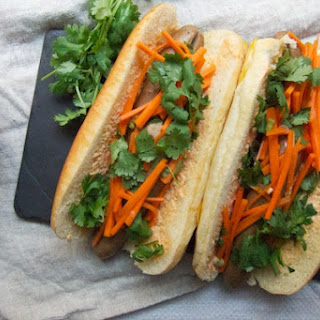 Banh Mi Hot Dogs.