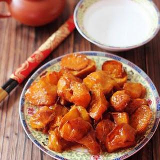 Candied Sweet Potato (拔丝红薯 Básī Hóngshǔ)