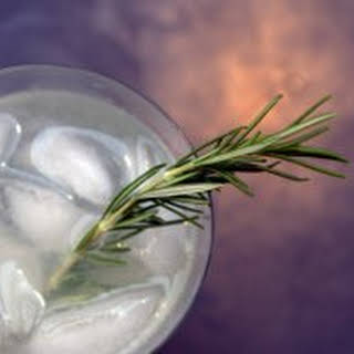Rosemary Refresher Cocktail.