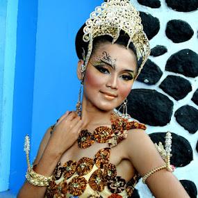 by Akhmat Haridi - People Fashion ( model, batik, culture )