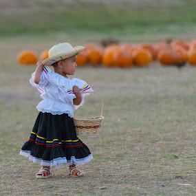 Picking Pumkins by Larry Crawford - Babies & Children Children Candids ( colombia, pumkins, cute kid, hallowen, costume )