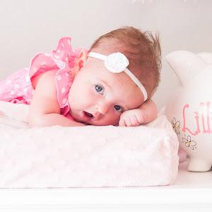 Lilly 2 months-28.jpg