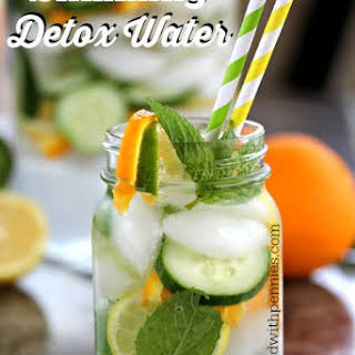 Slimming Detox Water.
