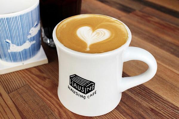 HAUSINC CAFE 有型有好音樂的咖啡輕食店