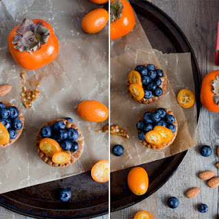 BLUEBERRIES & MASHED PERSIMMONS FLAVORED WITH VANILLA.