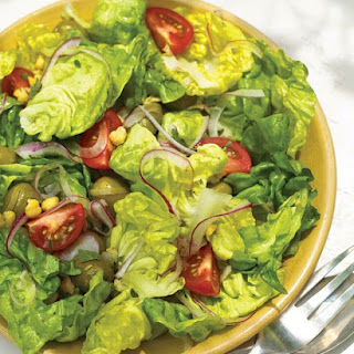 Green Salad with Chickpeas.
