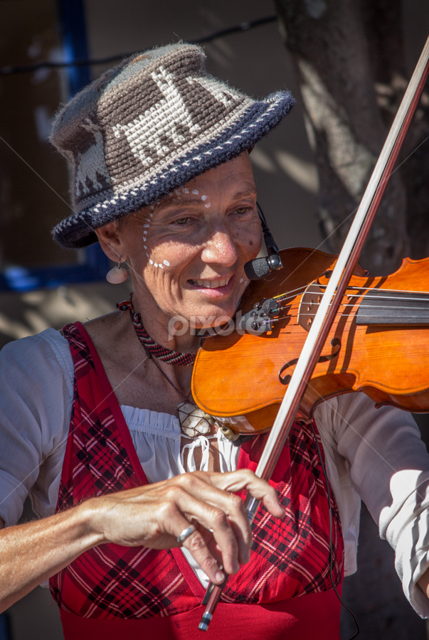 violin player by Vibeke Friis - People Musicians & Entertainers ( violin, woman playing violin, hat, , Travel, People, Lifestyle, Culture )