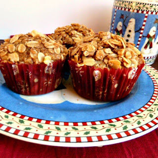 Applesauce Oatmeal Streusel Muffins