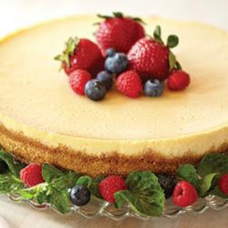 Creamy Baked Cheesecake.