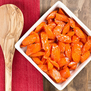 Maple and Mustard-Glazed Carrots