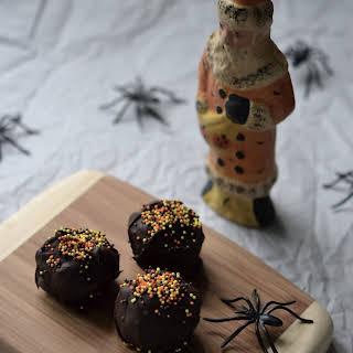 Halloween Oreo Truffles.