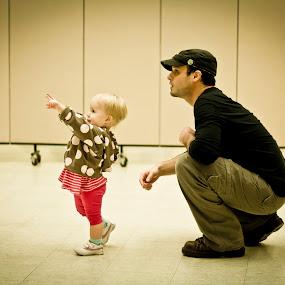 Look, Daddy! by Will Ballew - Babies & Children Children Candids