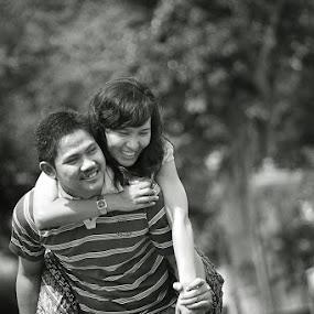by Benaya Agung - People Couples ( moods, happy, pre wedding, couple, improving mood )