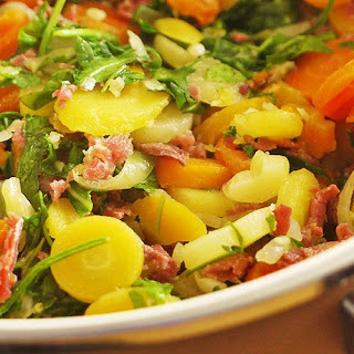 Stir Fried Beef with Vegetables.