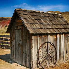John Day Sheep Shack by Glenn Miller - Buildings & Architecture Decaying & Abandoned