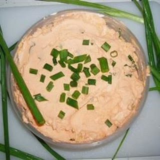 Cheesy Green Onion Bagel Dip