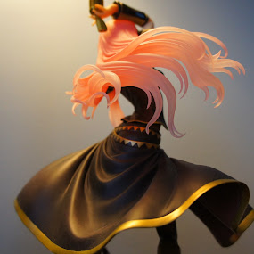 the entertainer by Iggy - Artistic Objects Toys ( japan, figure, toy, megurine luka )