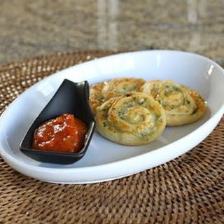 Easy Pesto Pinwheels.  Pesto Pinwheels Image © Diana Rattray
