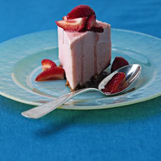 Rhubarb Frozen Yogurt Torte.