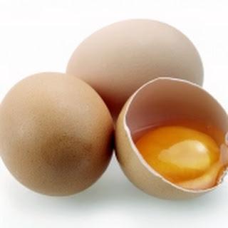 Ricotta-omelet Met Verse Kruiden En Surimi