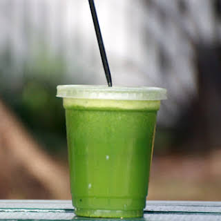 Low Sugar Green Juice.