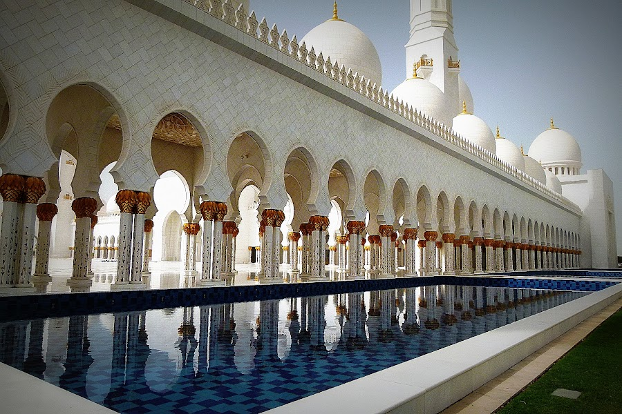 by Andie Andros - Buildings & Architecture Other Exteriors ( the viewing deck, mosque, abu dhabi )
