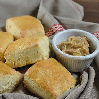 Texas Roadhouse Rolls.