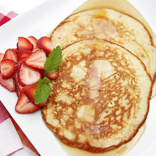 Lemon Soufflé Pancakes with Strawberries Recipe