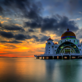 Selat Mosque by Hafiz Hj Ismail - Buildings & Architecture Places of Worship ( religion, muslim, sunset, mosque, cloud, architecture, seaview )