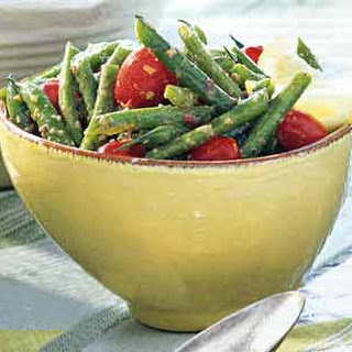 Green Bean and Grape Tomato Salad with Kalamata Vinaigrette