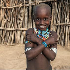 Child Arbore by Damjan Voglar - Babies & Children Child Portraits ( child, tribe, trave, arbore, smile, people, portrait, ethiopia )
