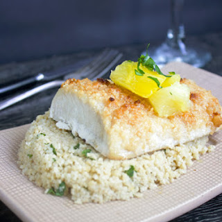 Macadamia Crusted Mahi Mahi {GF, Low Carb and Paleo?}.