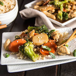 Skinny Chicken Broccoli Stir Fry.