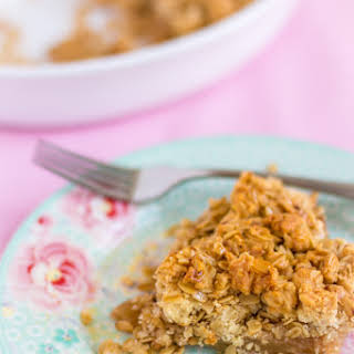 Apple Crumble with Oats and Almonds - Egg Free.