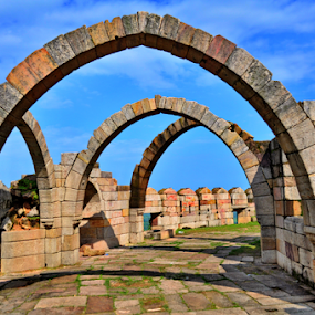 saat kaman by Ashutosh Singhvi - Buildings & Architecture Statues & Monuments ( arches, old building, world heritage, historic, heritage,  )